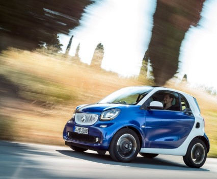2015-Smart-ForTwo-ForFour-23