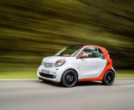 2015-Smart-ForTwo-ForFour-36