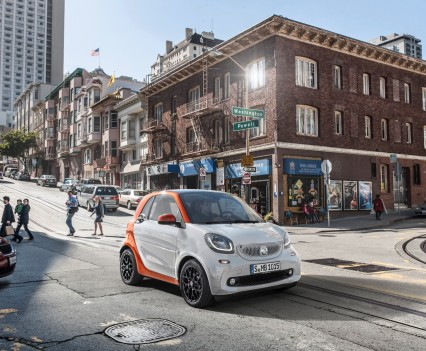 2015-Smart-ForTwo-ForFour-40