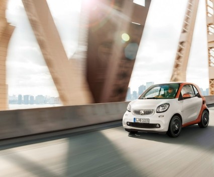 2015-Smart-ForTwo-ForFour-52