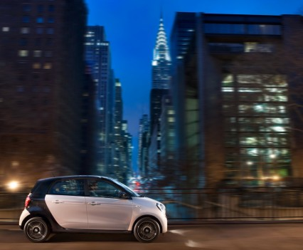 2015-Smart-ForTwo-ForFour-53