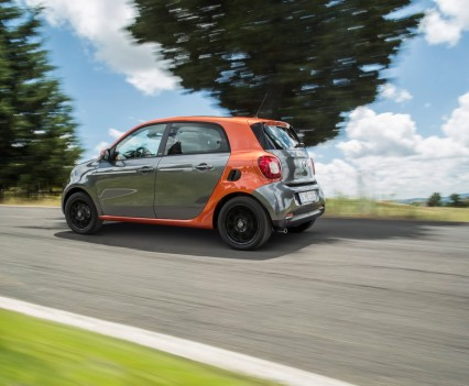 2015-Smart-ForTwo-ForFour-67