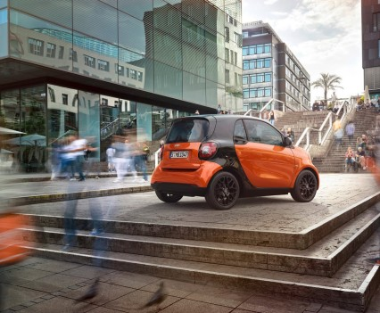 2015-Smart-ForTwo-ForFour-81