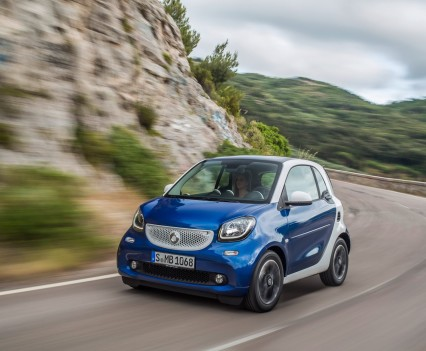 2015-Smart-ForTwo-ForFour-84