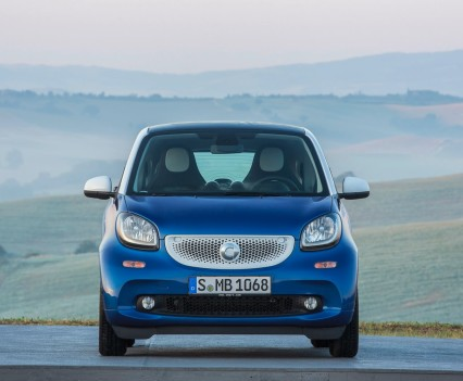 2015-Smart-ForTwo-ForFour-90
