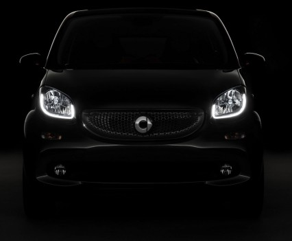 2015-Smart-ForTwo-ForFour-91
