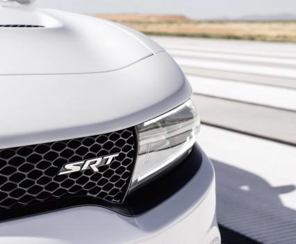 2015-Dodge-Charger-Hellcat-SRT-100
