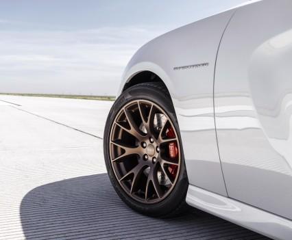 2015-Dodge-Charger-Hellcat-SRT-102