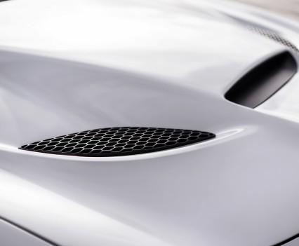 2015-Dodge-Charger-Hellcat-SRT-105