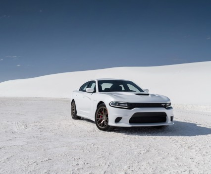 2015-Dodge-Charger-Hellcat-SRT-11