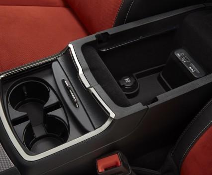 2015-Dodge-Charger-Hellcat-SRT-118