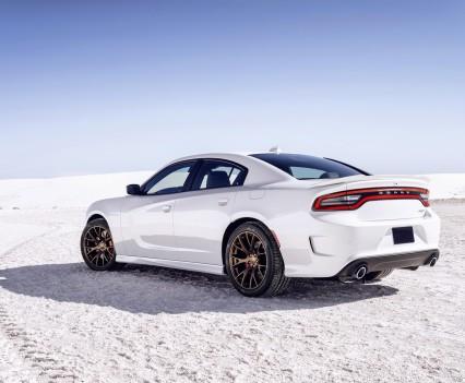 2015-Dodge-Charger-Hellcat-SRT-12
