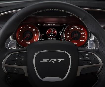 2015-Dodge-Charger-Hellcat-SRT-121
