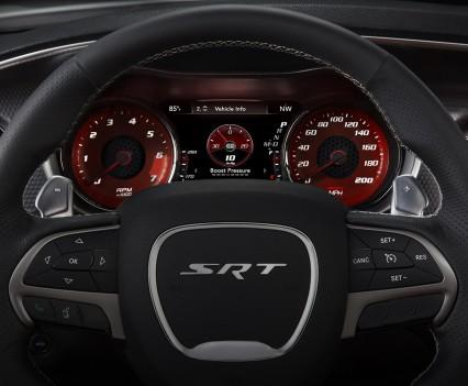 2015-Dodge-Charger-Hellcat-SRT-122
