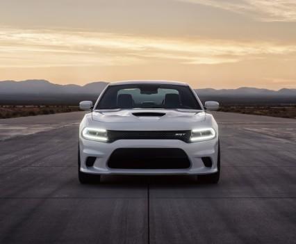 2015-Dodge-Charger-Hellcat-SRT-32