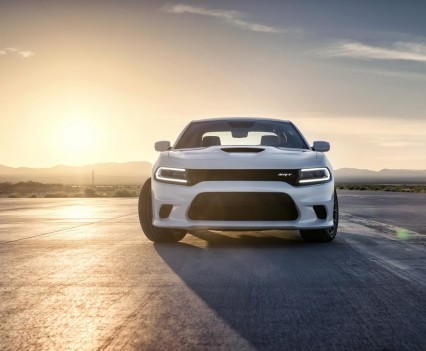2015-Dodge-Charger-Hellcat-SRT-36