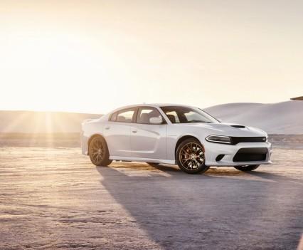 2015-Dodge-Charger-Hellcat-SRT-4