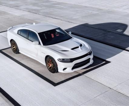 2015-Dodge-Charger-Hellcat-SRT-42