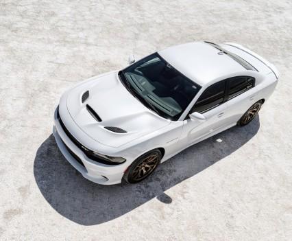 2015-Dodge-Charger-Hellcat-SRT-51