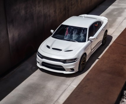 2015-Dodge-Charger-Hellcat-SRT-52