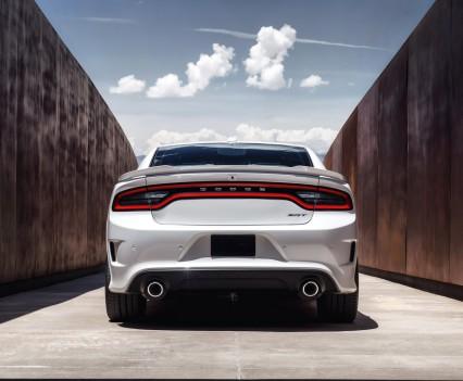 2015-Dodge-Charger-Hellcat-SRT-55
