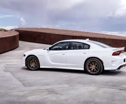 2015-Dodge-Charger-Hellcat-SRT-56