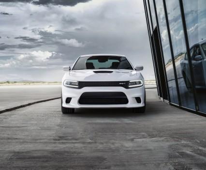 2015-Dodge-Charger-Hellcat-SRT-63