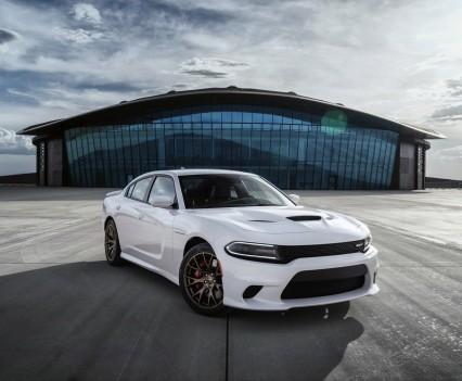 2015-Dodge-Charger-Hellcat-SRT-64