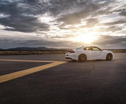 2015-Dodge-Charger-Hellcat-SRT-66