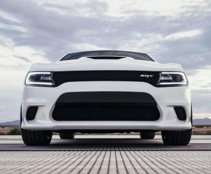 2015-Dodge-Charger-Hellcat-SRT-68