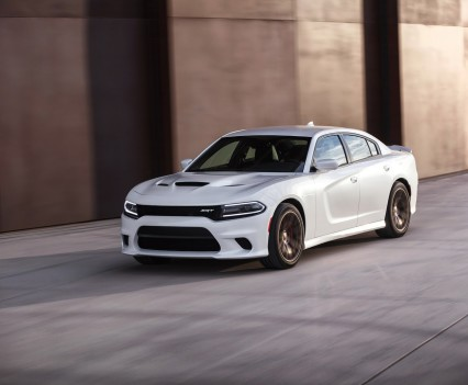 2015-Dodge-Charger-Hellcat-SRT-80