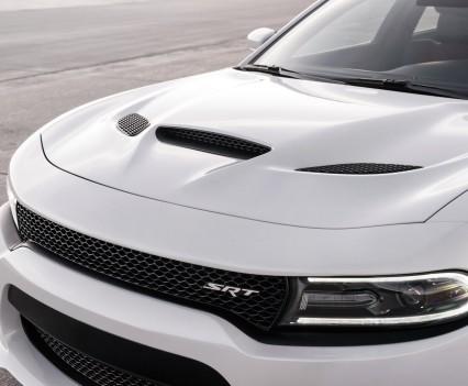 2015-Dodge-Charger-Hellcat-SRT-96