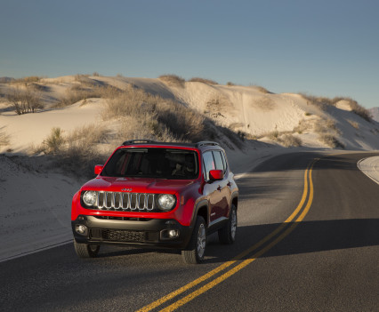 2015-Jeep-Renegade-13