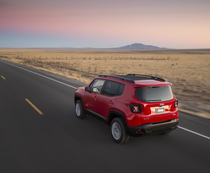 2015-Jeep-Renegade-19