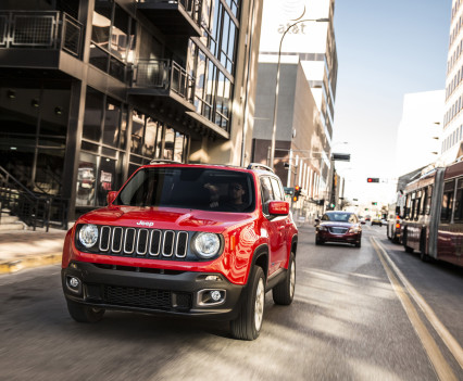 2015-Jeep-Renegade-23