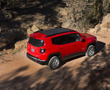 2015-Jeep-Renegade-25