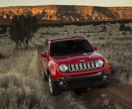 2015-Jeep-Renegade-30