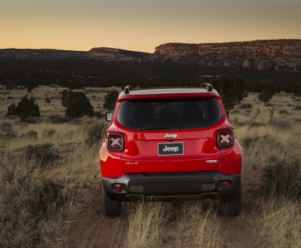 2015-Jeep-Renegade-31