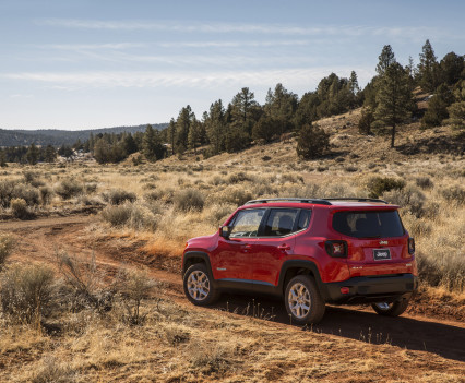2015-Jeep-Renegade-34
