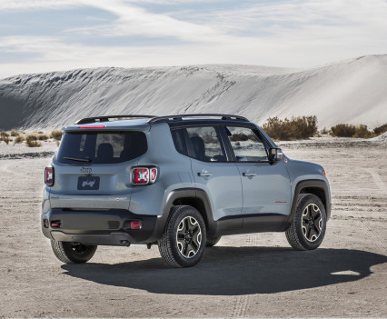 2015-Jeep-Renegade-36