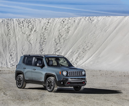 2015-Jeep-Renegade-39