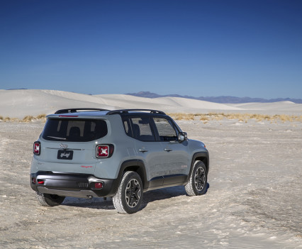 2015-Jeep-Renegade-42