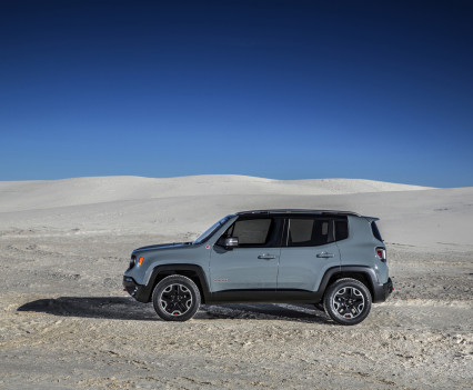 2015-Jeep-Renegade-44