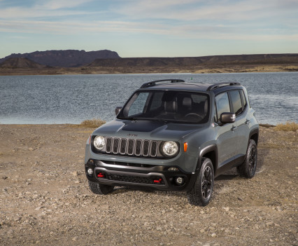 2015-Jeep-Renegade-45