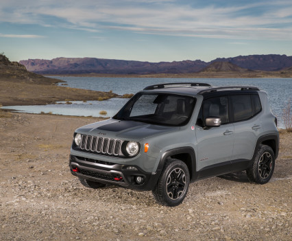 2015-Jeep-Renegade-46