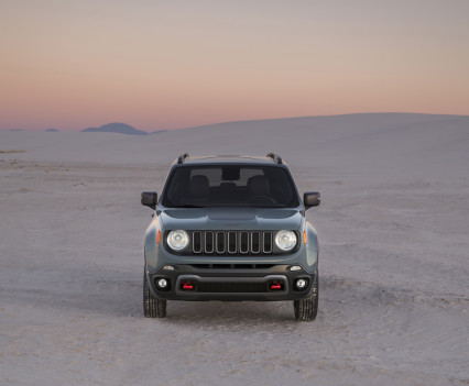 2015-Jeep-Renegade-49