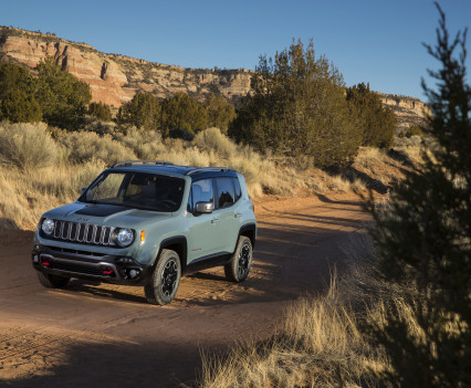 2015-Jeep-Renegade-51
