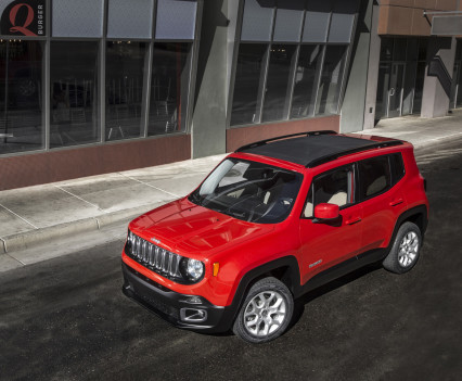 2015-Jeep-Renegade-77