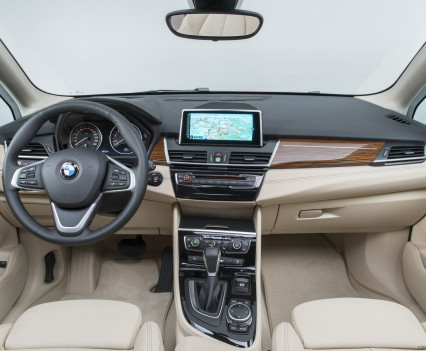 2015_bmw_2-series_active_tourer_39_1600x1200