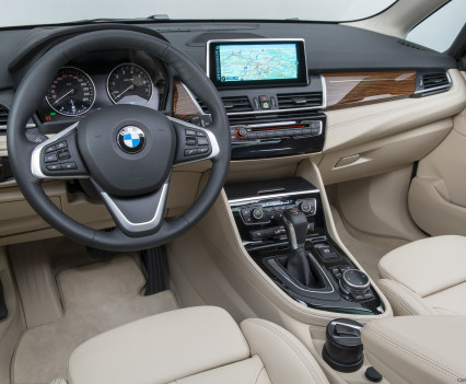2015_bmw_2-series_active_tourer_40_1600x1200